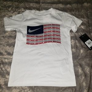 SS NWT size 7 Nike Flag graphic design top